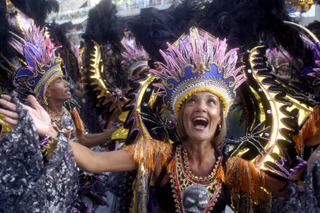 Happy Woman © Douglas Engle info@australfoto.com