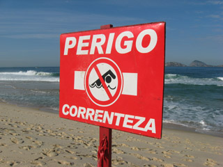 Swimming in Rio - Perigo