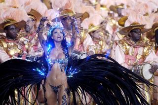 Rainha da Bateria © Douglas Engle info@australfoto.com