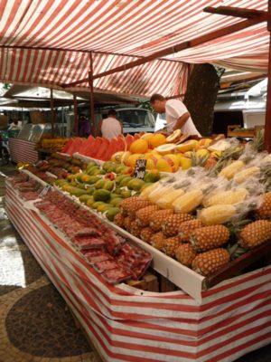 Feira Livre do Bairro Peixoto (Street Market) @ Praça Edmundo Bitencourt