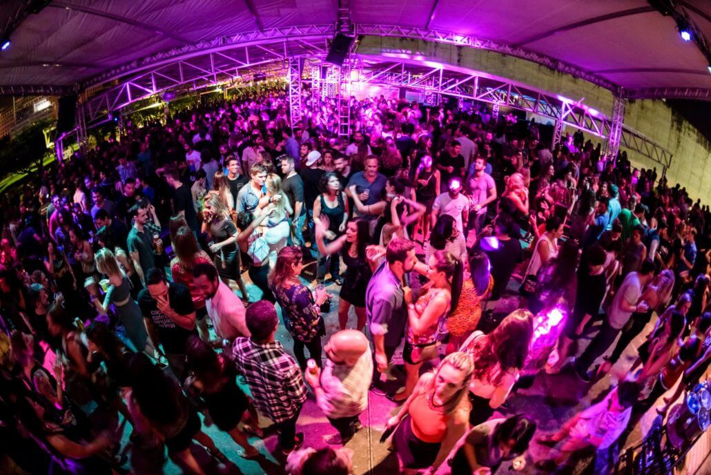 Best Five Night Clubs to Spend Night Out in Rio - Rio de