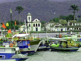 Paraty seen from the sea