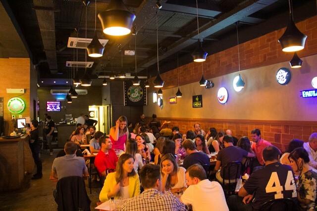 bars in copacabana